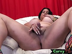 Flannel tugging bbw receiver bends over and twerks