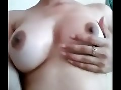 Desi Cute Girl Hot Boob Show