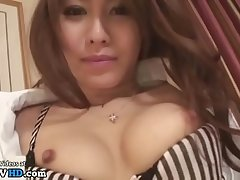 Japanese maid in pantyhose has sex in hotel