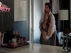 2018 Popular Holly Hunter Nude Show Her Cherry Tits From Breakable You Sex Scene On PPPS.TV