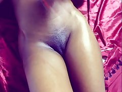 Horny pussy deferral a chubby dick