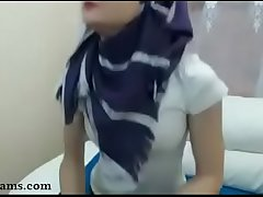 Skinny Hijab on Webcam - ProxyCams.com