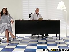Brazzers - Teens Perforce Big - ( Samm Rosee, Johnny Sins) - Dicked by the Docto